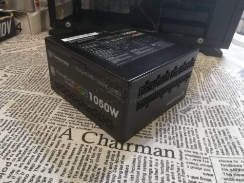 Блок питания Thermaltake 1050W Toughpower RGB-1050